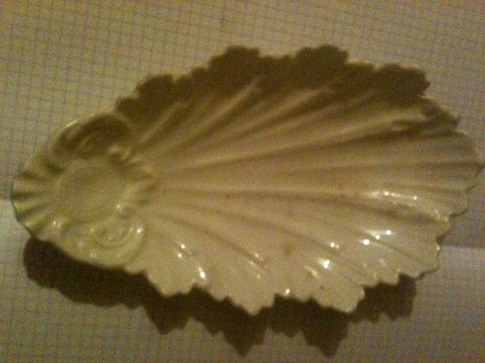 T jolie coupelle feuille aucun défaut porcelaine vintage 16 Bosc-le-Hard (76)