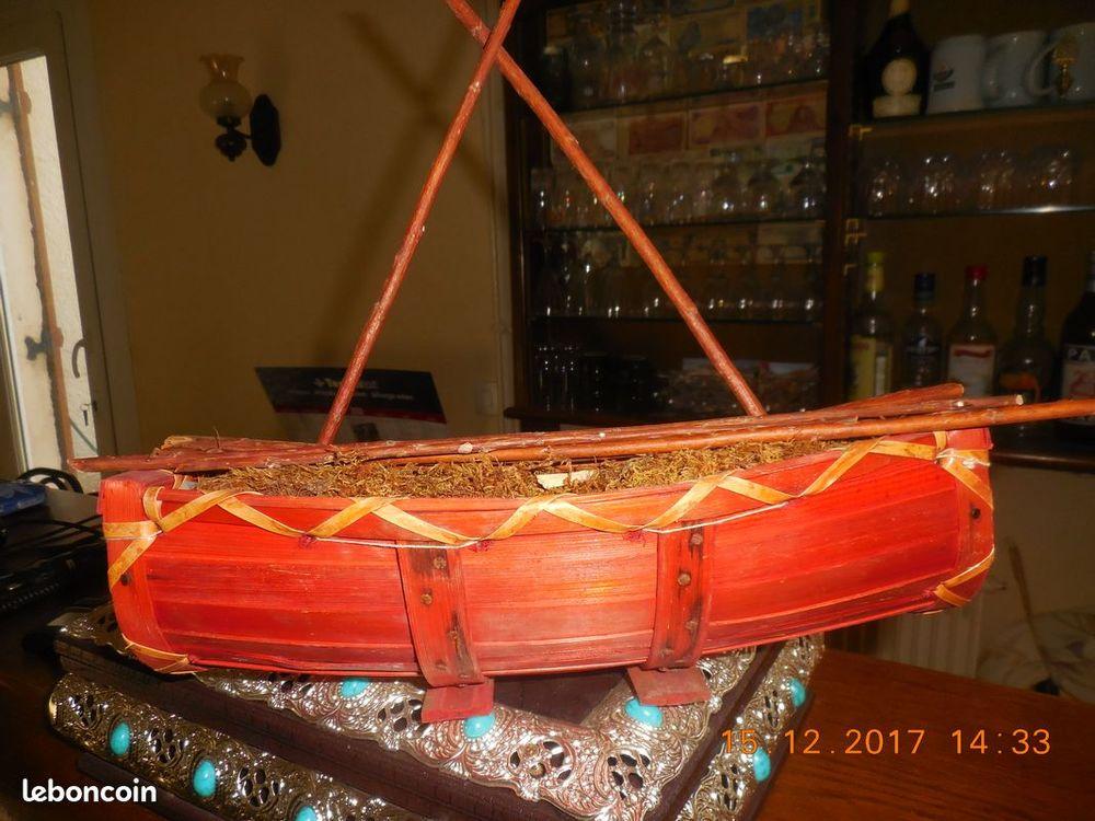 jolie petite barque bois 6 Sète (34)