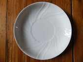 Jolie petite soucoupe en porcelaine blanche 1 Strasbourg (67)