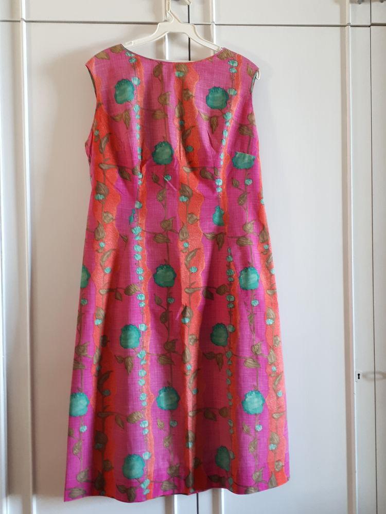 Jolie robe fond fuschia - 38/40 - TBE 15 Villemomble (93)
