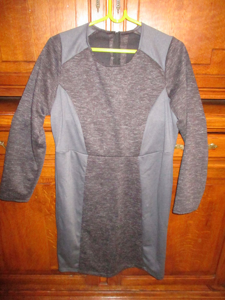 jolie robe grise neuve et robe fuschia et autres articles 0 Mérignies (59)
