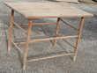 Jolie table bois d'artisan de style ancien