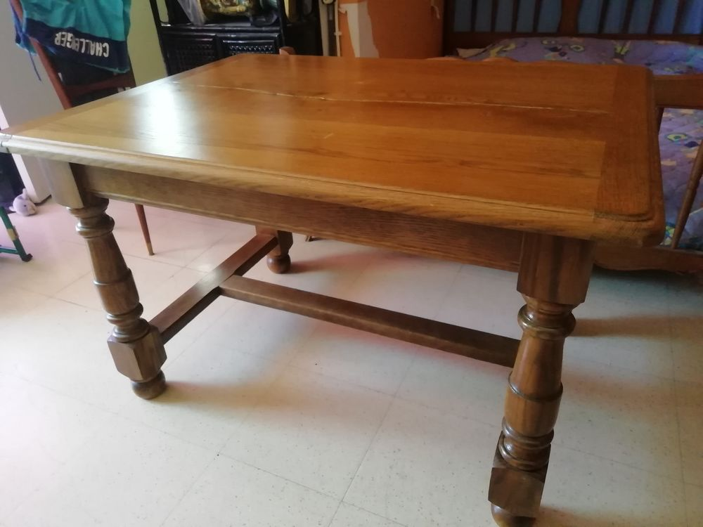 Jolie table  en bois massif 50 Angoulême (16)
