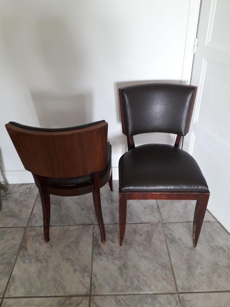 2 jolies chaises  120 Lorient (56)