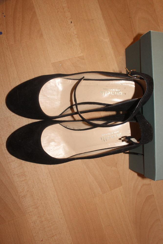 jolis escarpins de marque Minelli 0 Cergy (95)