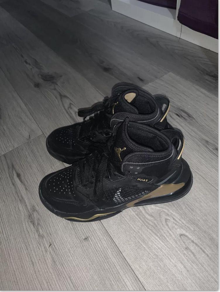 Air Jordan Nike enfant fille  130 Paris 13 (75)