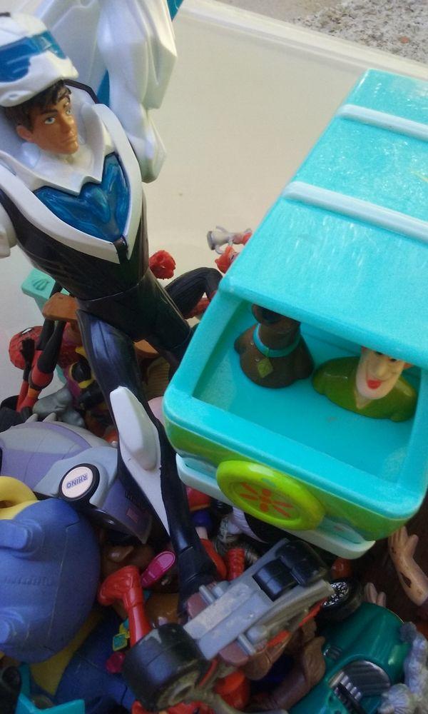 jouets diverses 7 Peymeinade (06)