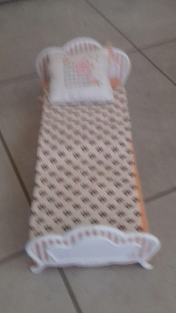 jouets pour  poupée mannequin  5 Oudon (44)