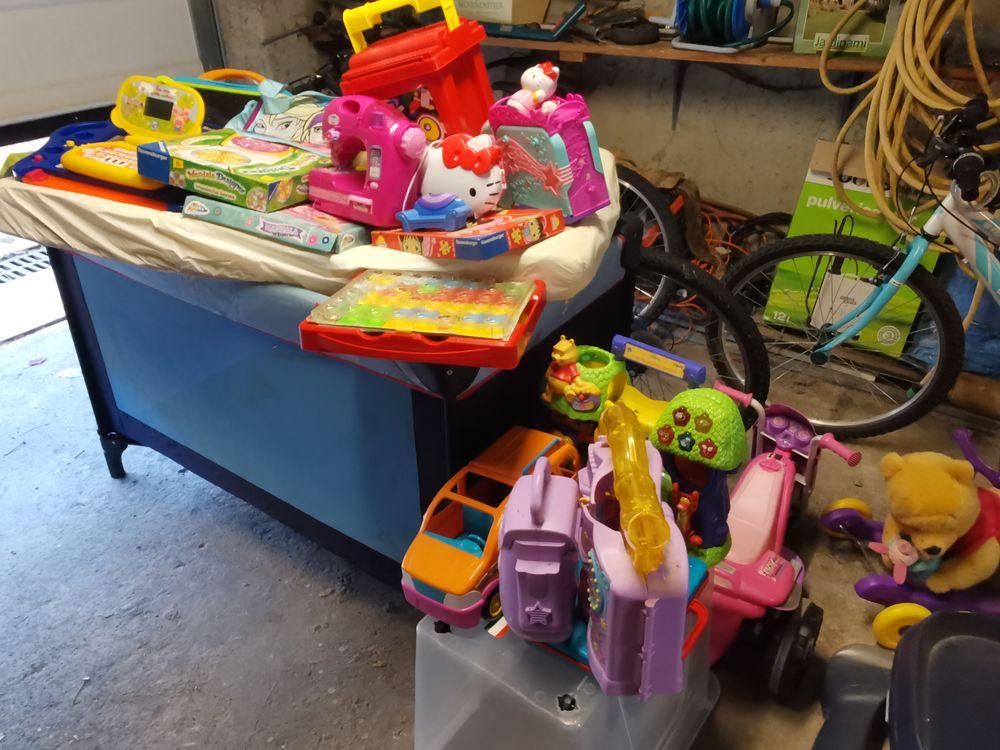 Lot de jouets  50 Déols (36)