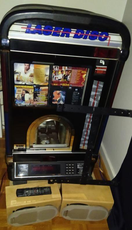 JUKE BOX NSM + 100 CD + HP CABASSE + TEL + SUPPORT MURALE 1890 Pantin (93)