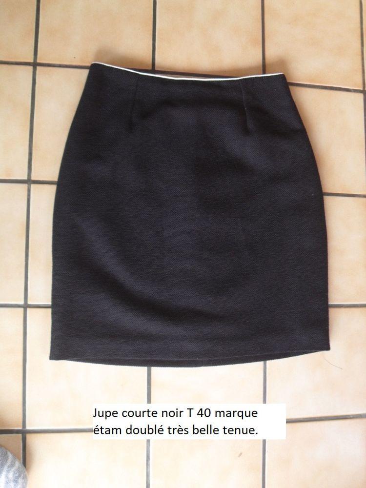 Jupe courte noir T 40 marque étam doublé très belle tenue 5 Feuguerolles-Bully (14)