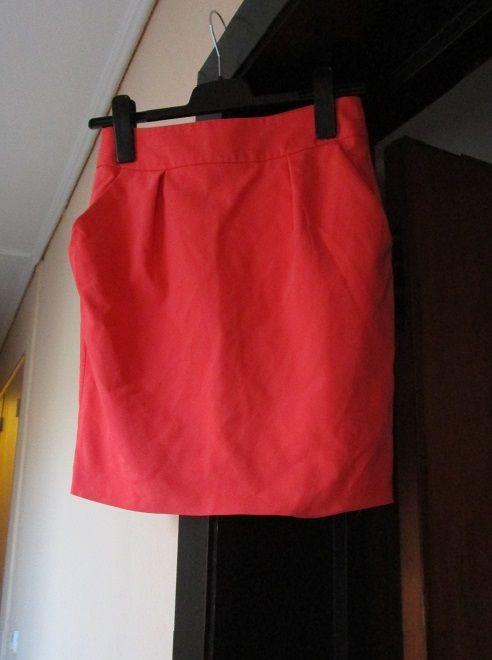 Jupe courte Zara, orange proche du rose vif, 2 poches, t. 34 13 Nice (06)