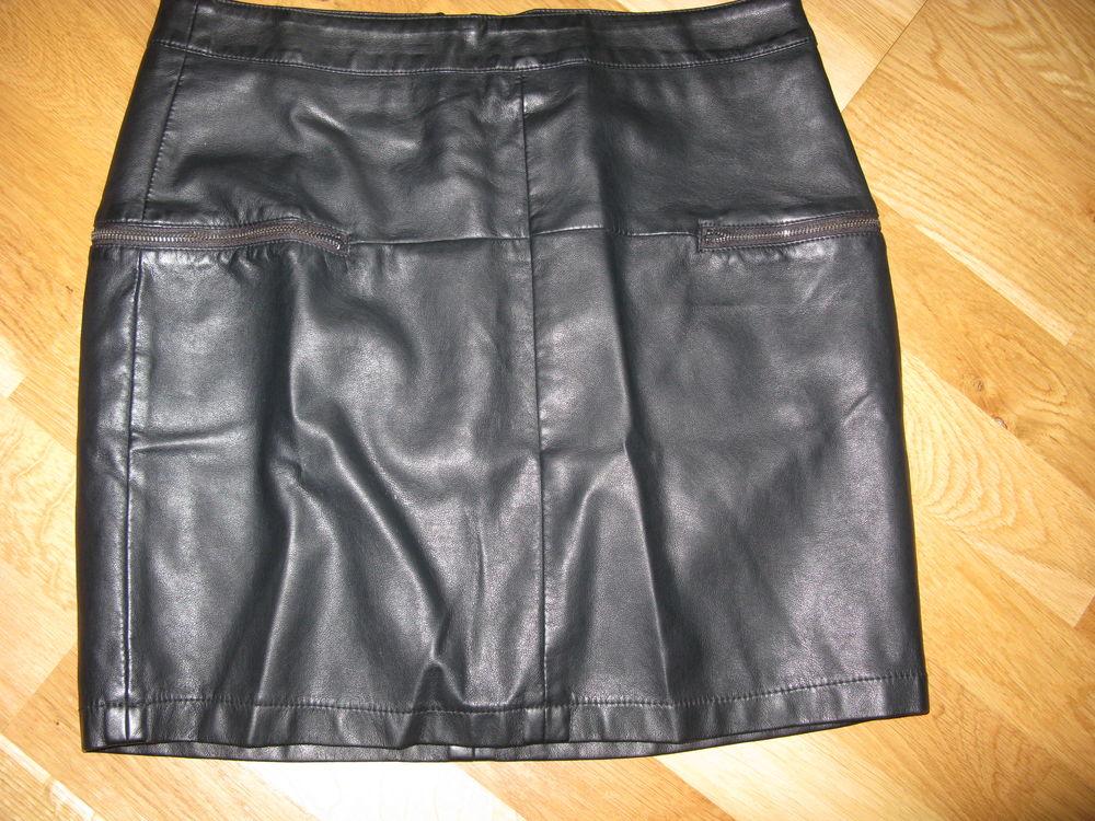 jupe imitation cuir 7 Étaples (62)