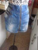 jupe en jean décorations zippées NEUVE DIVIDCD TAILLE 36 10 Lyon 5 (69)