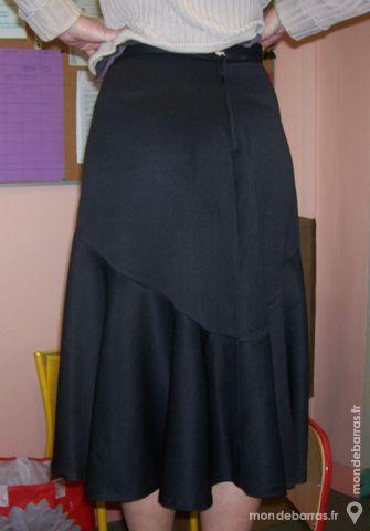Jupe noire style Charleston tour de taille 76cm 50 Montreuil (93)