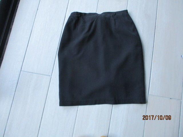 jupe noire 6 Castres (81)