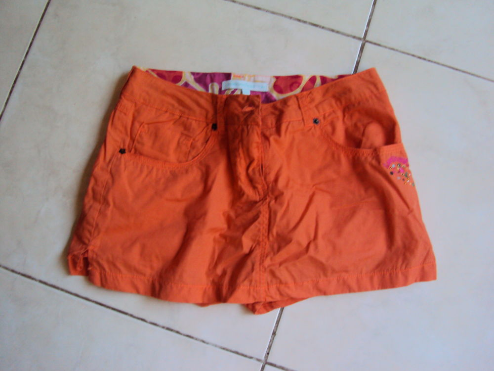 Jupe-short S 5 Annecy (74)