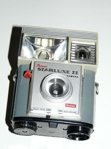 Kodak Brownie Starluxe II 25 Grignan (26)