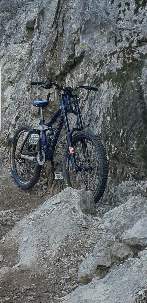 DH kona stinky 350 Chambéry (73)