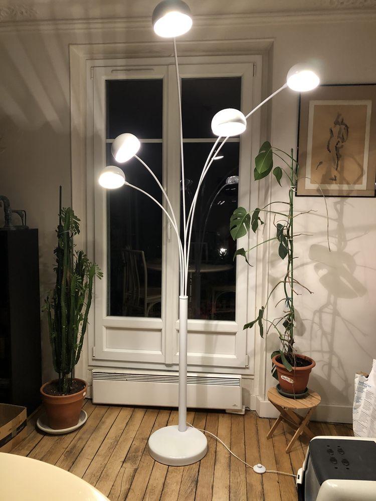 Lampadaire blanc design à 5 branches 50 Paris 19 (75)