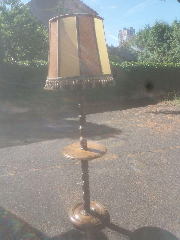 LAMPADAIRE 90 Firminy (42)