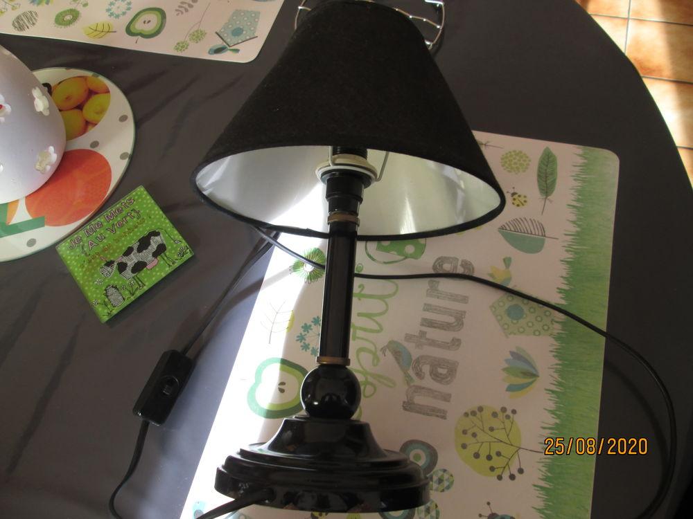 Lampe Ancienne Laqué Noir Et Bronze 30 Aire-sur-la-Lys (62)