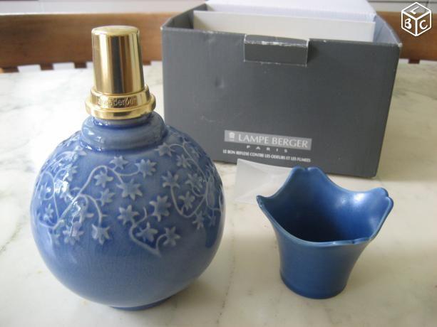 Lampe BERGER neuve porcelaine bleue 40 Nyons (26)