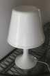 LAMPE BLANCHE A COULEURS CHANGEANTES (2 ex dispo)