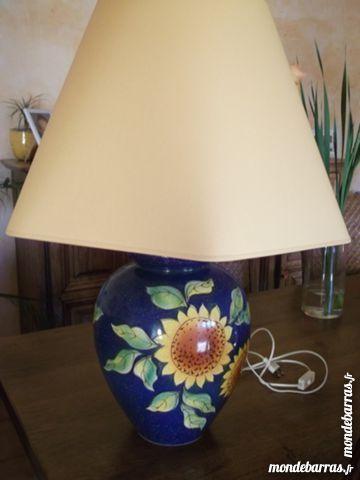 LAMPE BLEUE ET JAUNE Décoration