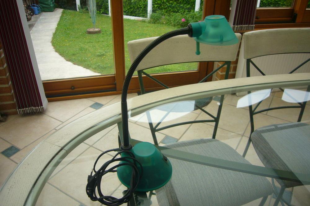 Lampe De Bureau / Pc / Ordinateur / Informatique 5 Avesnes-les-Aubert (59)