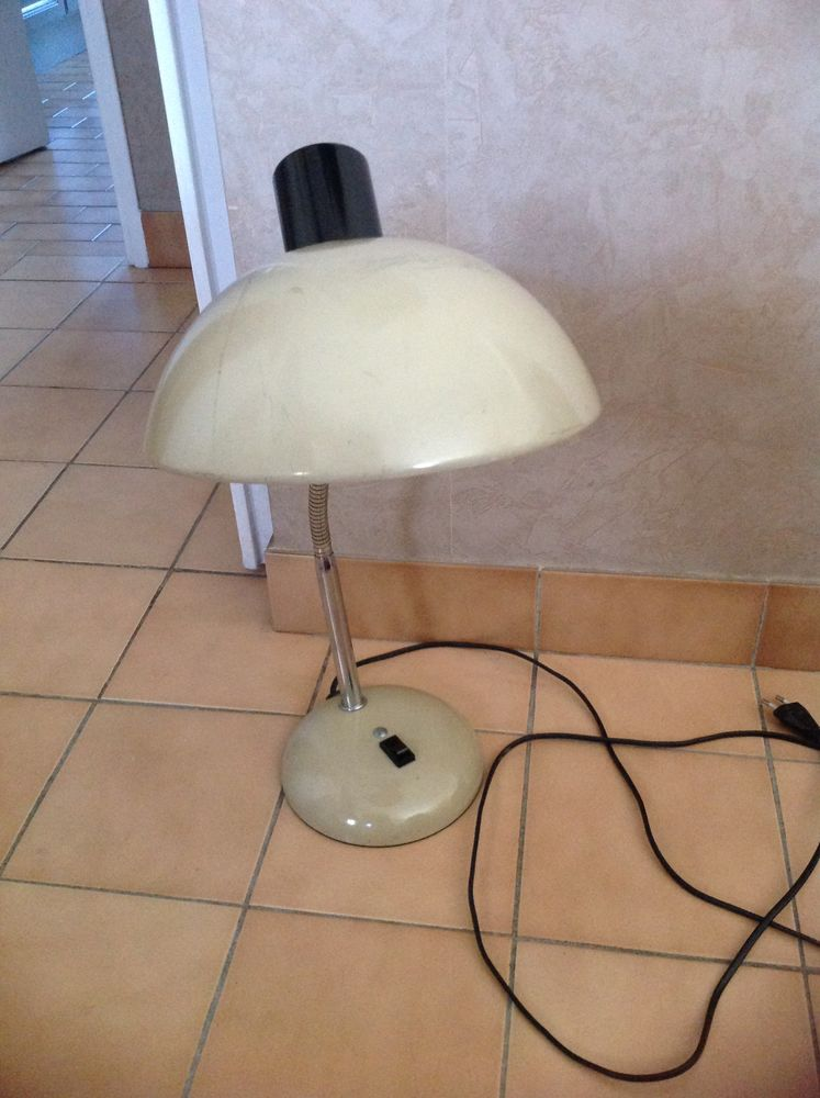 Lampe bureau vintage 115 Sète (34)