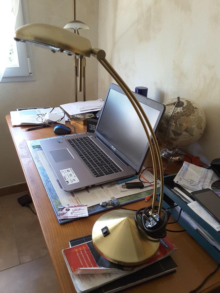 lampe de bureau  30 Macornay (39)