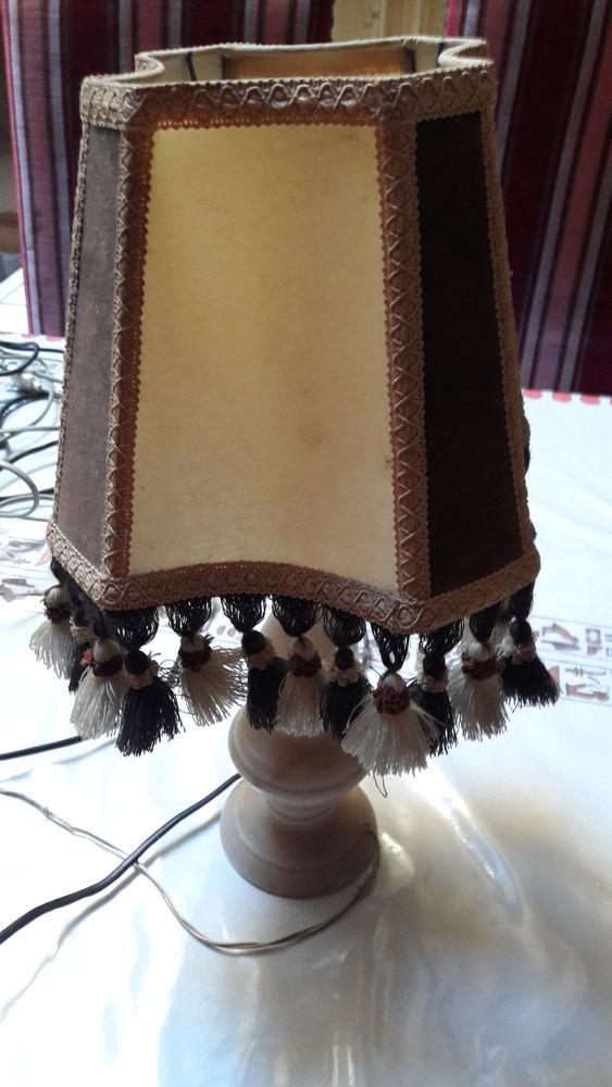 LAMPE DE CHEVET 10 Fougères (35)