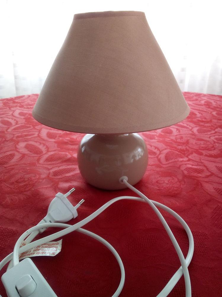 Lampe de chevet 6 Orgères (35)