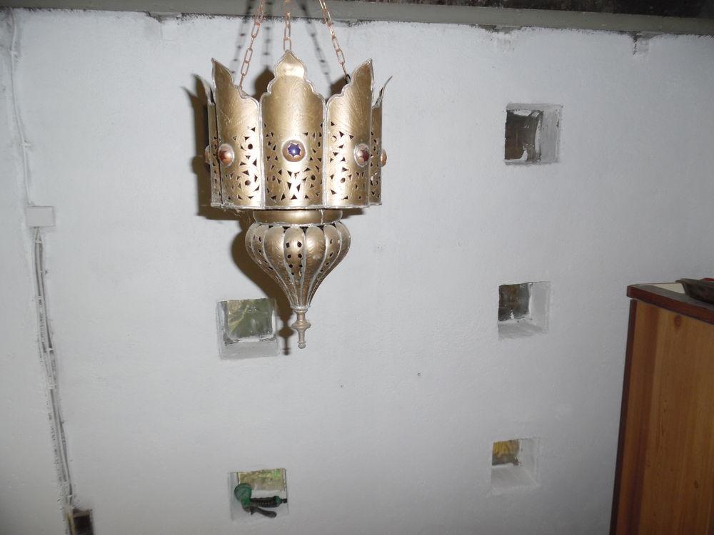 lampe en cuivre  marocaine  40 Maury (66)