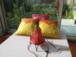 Lot lampe fer forgé + 3 coussins ocre - violet. Le Vernois (39)