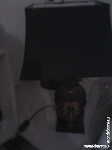 LAMPE  et  grande statue MAISON DU MONDE 1 Bully (69)