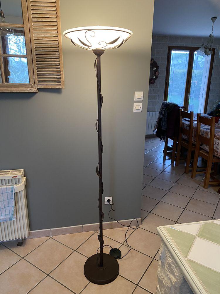 Lampe halogène  20 Jumièges (76)