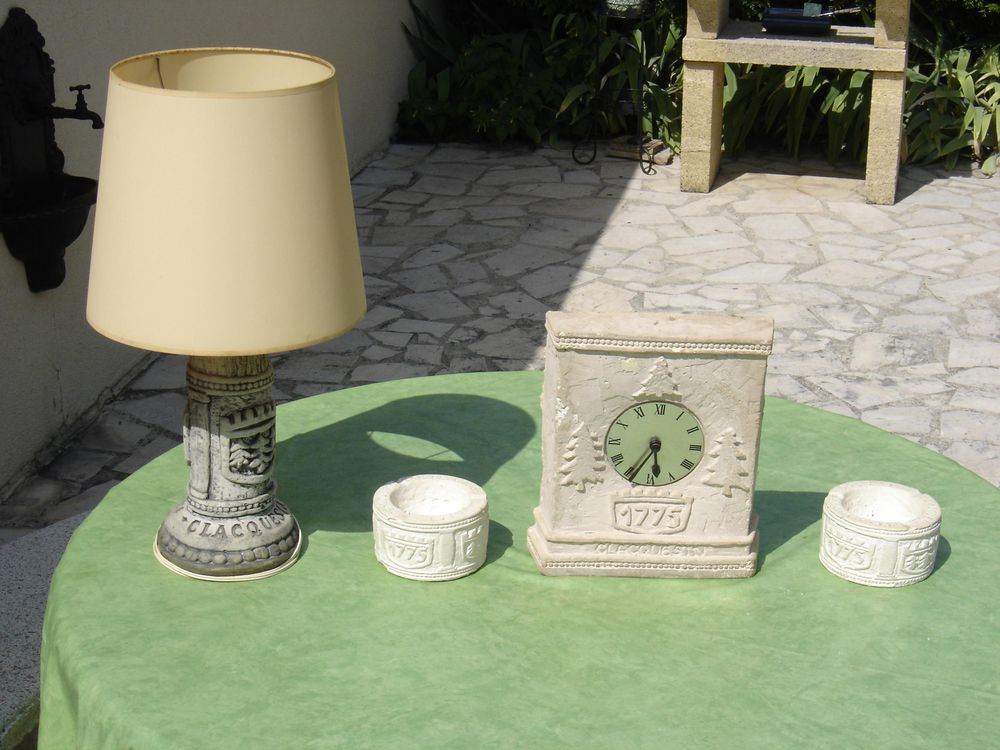 Lampe + Horloge + 2 Cendriers Clacquesin Calvados Décoration
