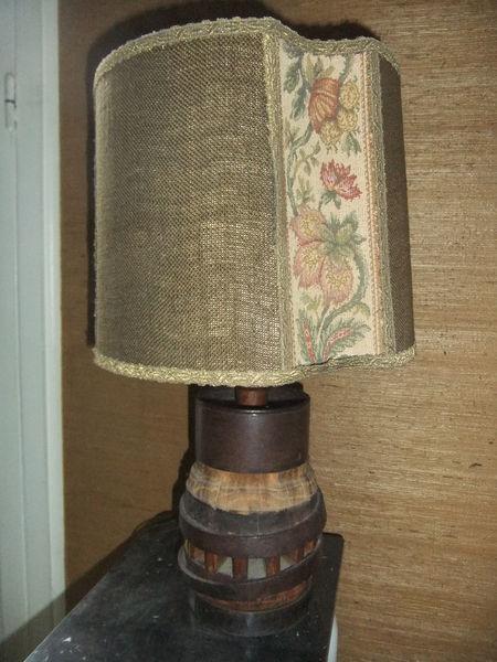 Lampe moyeu campagnarde aragon elsa triolet 45 Maisons-Laffitte (78)