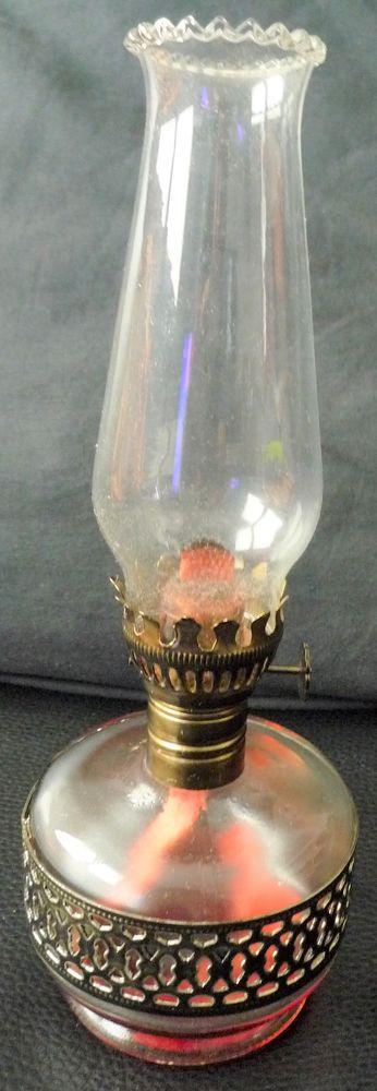 Lampe a pétrole / huile petit modèle en verre  6 Dole (39)