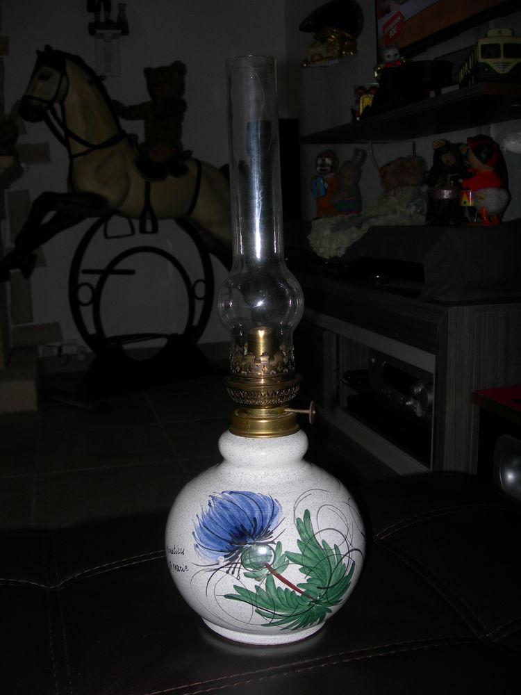 Lampe à pétrole MOUSTIERS 110 Gignac-la-Nerthe (13)