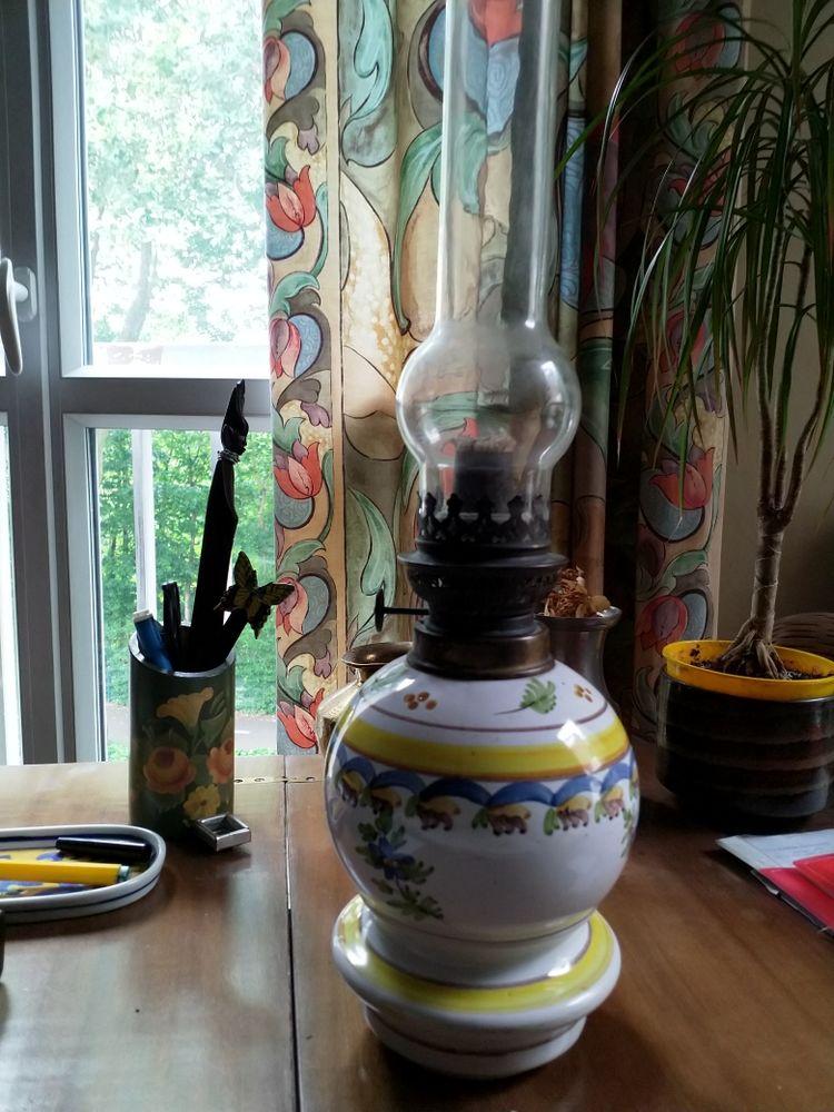 Lampe à pétrole, porcelaine ancienne 41 Chartres (28)