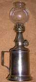 LAMPE-PIGEON : Ancienne lampe française à mèche - 40 Clermont-Ferrand (63)