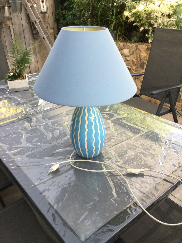 Lampe à poser céramique bleue 5 Teillé (44)