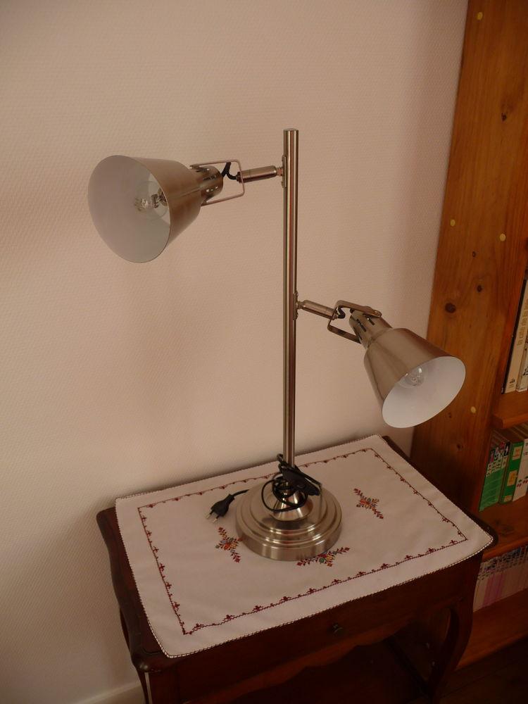 lampe à poser sur support 40 Bourges (18)