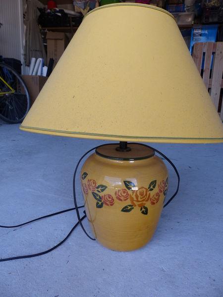 lampe de salon jaune Décoration