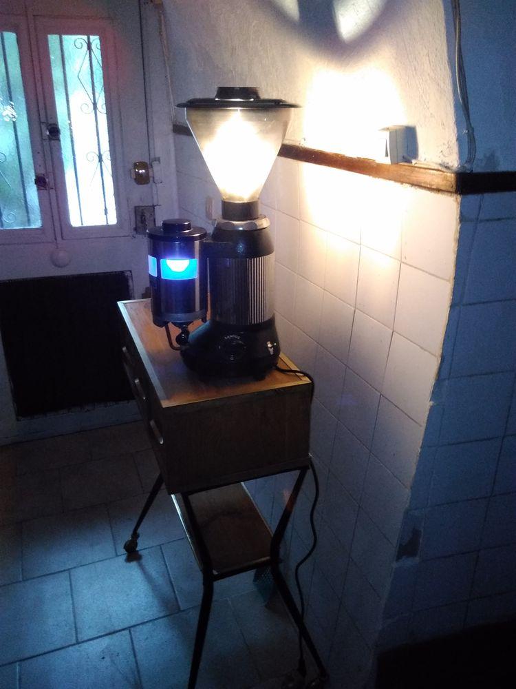 Lampe Santos industrielle 100 Nice (06)