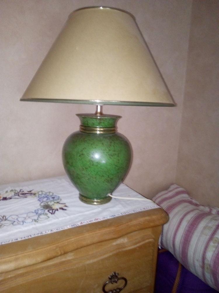 Lampe de séjour 12 Orgères (35)