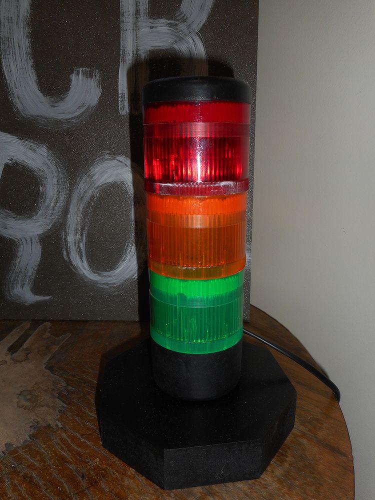 lampe tricolore Décoration